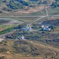 Свято-Троицкий Холковский мужской монастырь вид с высоты 800 метров :: Инна Голубицкая