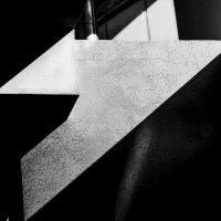 геометрия  света и тени :: Сергей Корзенников