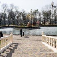 В парке :: Владимир Кроливец