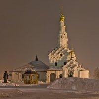 Вязьма. Иоанно-Предтеченский монастырь. Одигитриевский храм. Ночь :: Алексей Шаповалов Стерх