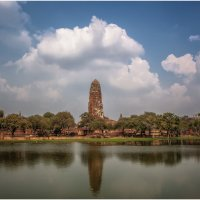 Аюттхайя – первая столица Таиланда... :: Александр Вивчарик
