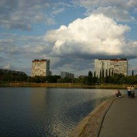 А люди шли как ни в чем не бывало :: Андрей Лукьянов