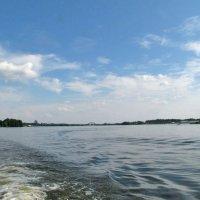 Следы на воде :: Nikolay Monahov