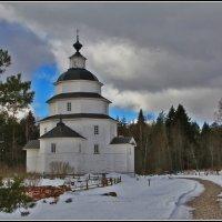Церковь Илии Пророка на Цыпинском погосте. :: Дмитрий Анцыферов