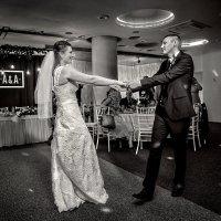 Свадебный танец :: Андрей Качин