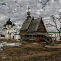 в Суздальком Кремле :: Виктор Перякин