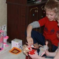 И как это девчонки в куклы играют? :: Наталья Лунева