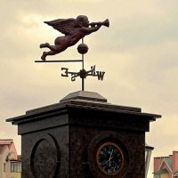 Трубящий ангел :: Сергей Карачин
