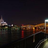 ночной город,или Кёльн город контрастов... :: Игорь 74
