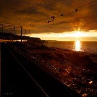Вечерний Байкал из окна поезда :: Алексей Белик