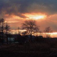 Закат весной. :: Наталья Петрушова