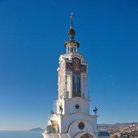 Храм -маяк :: Юрий Шувалов
