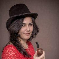 Моя бабушка курит трубку... :: Андрей Печерский