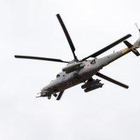 Тренировка авиационных групп перед ПАРАДОМ 9 мая. :: Yuri Chudnovetz