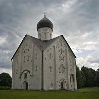 Церковь Спаса Преображения на Ильине улице, 1374 г :: Елена Смолова