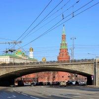 На Кремлёвской набережной. :: Oleg4618 Шутченко