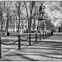 Памятник Петру1 в Кронштадте :: Сергей Базылев