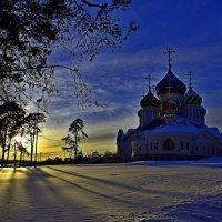 Храм князя Игоря Черниговского в Переделкино. :: vkosin2012 Косинова Валентина