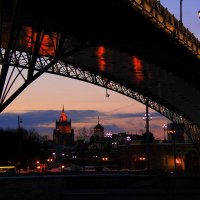 патриарший мост :: виктор ------