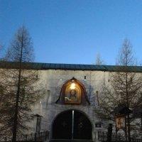 Вход в Новоспасский Монастырь :: Аlexandr Guru-Zhurzh