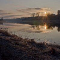 Утреннее зеркало для солнышка........ :: Елена Фролкова