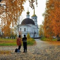 Свято-Троицкий храм (г.Онега) :: Валентин Кузьмин