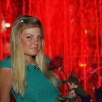 Девушка с розой. :: ОЛЕГ ПАНКОВ