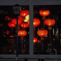 Красные фонарики :: Николай Танаев