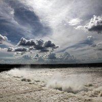 Венесуэла, ГЭС на реке Карони :: Михаил Бибичков