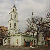 Церковь Троицы Живоначальной на Шаболовке. :: Александр Качалин