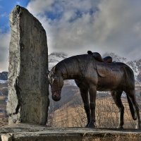 Памятник в Фиагдоне :: Valery Zhadan
