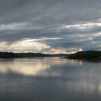 Тулома - река, текущая вспять :: Наталья Лунева