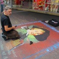 уличный художник :: юрий затонов