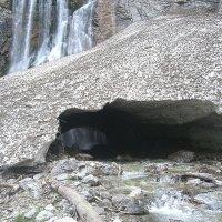 Абхазия. У подножия Гегского водопада в начале мая. :: юрий