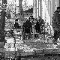 Весна в Нафталане :: Алексей Окунеев