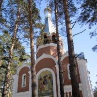 Церковь Троицы Живоначальной в Академгородке ( Новосибирск ) :: Мила Бовкун