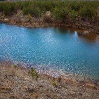 Озеро в Лопатинском руднике :: Артём Тараненко