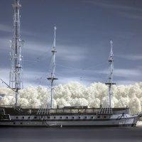 Ресторан на реке :: Наталья Алешина