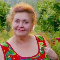 Во саду ли, в огороде девица гуляла :: Владимир Максимов