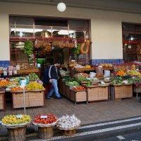 На рынке Мадейры :: Natalia Harries