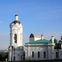 Храм-звонница Георгия Победоносца в Коломенском. :: Елена