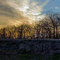 Закат весной.. :: Юрий Стародубцев