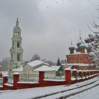 С небес падал пушистый снег... :: Святец Вячеслав
