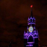 Спасская башня :: виктор ------