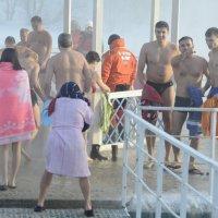 Фотограф в халате -это болезнь :: Николай Танаев