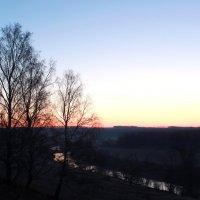 Осетр на восходе :: Александра