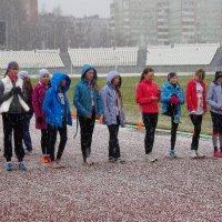 Разве бывает Лёгкая атлетика без дождя и снега? :: Владимир Максимов