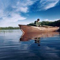 На реке. :: Сергей Чащин