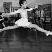 Танец :: Павел Швалов