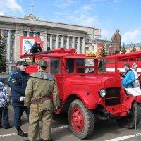 Парад пожарной техники :: Сергей Трусов